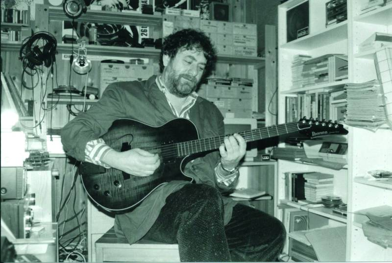 Harry Pepl in his recording studio in Hernstein, Lower Austria, with his MIDI guitar. Photo credit: Fullmax Recordings, 2020