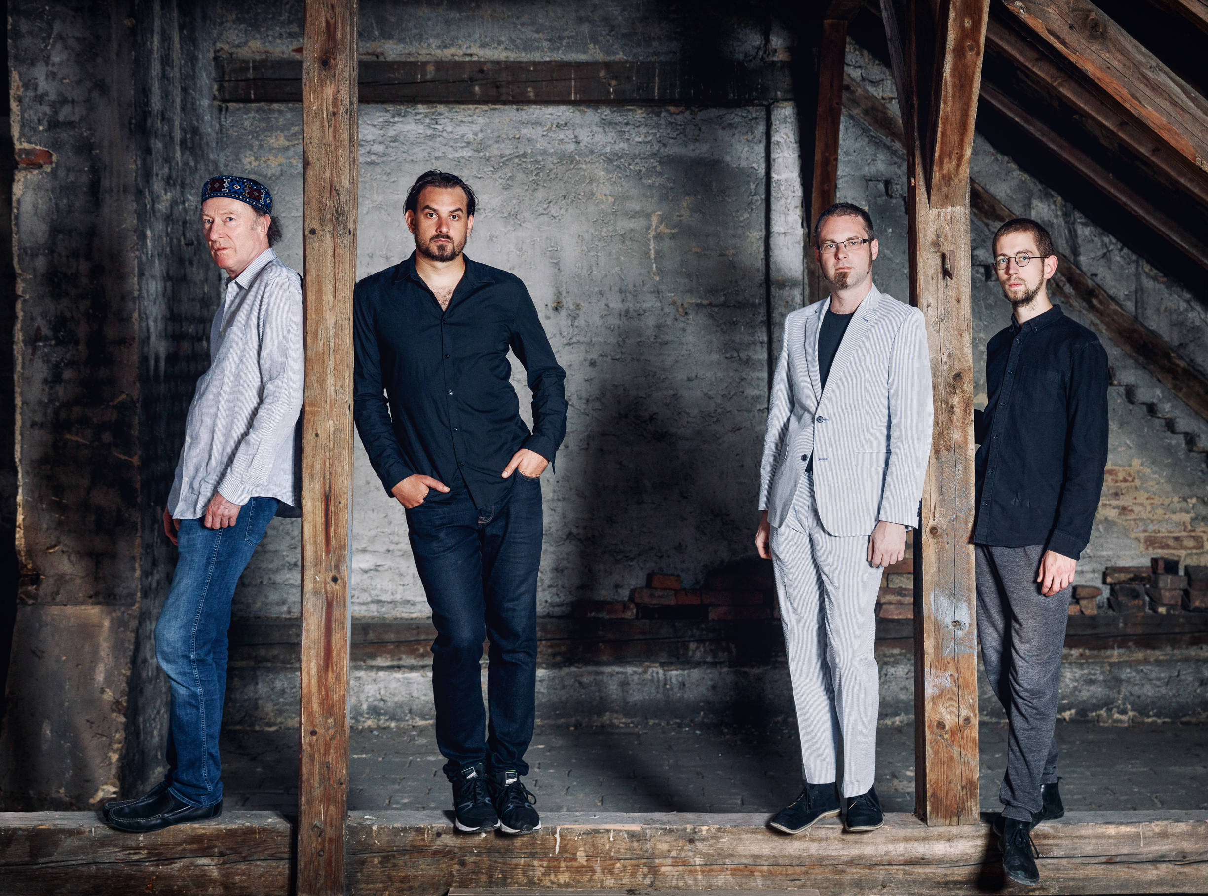 from left to right: Andi Schreibert (violin), Martin Bayer (guitar), Clemens Salesny (sax), Valentin Duit (drums). Photo credit: Maria Frodl, 2018